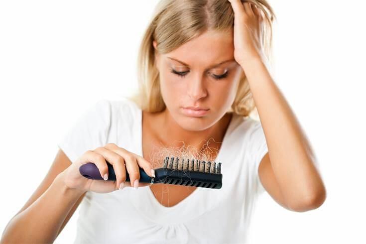 caduta di capelli dopo il parto